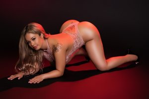 Ombelline sex clubs & live escort