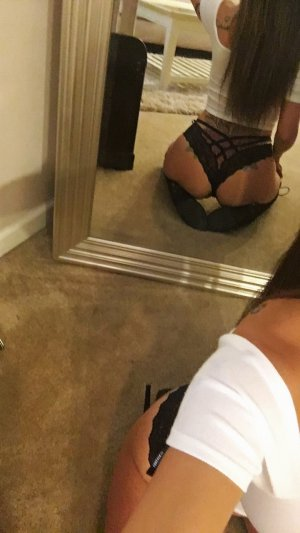 Chrystell outcall escort